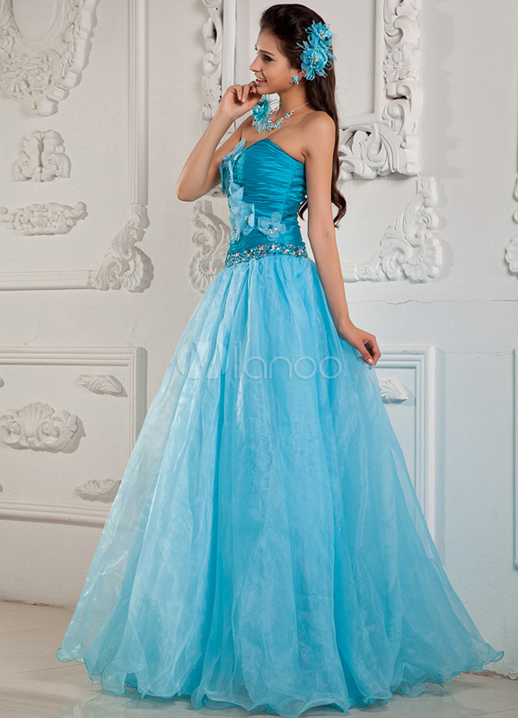 Himmelblaues Prinzessin Kleid Aus Organza Und Stretch