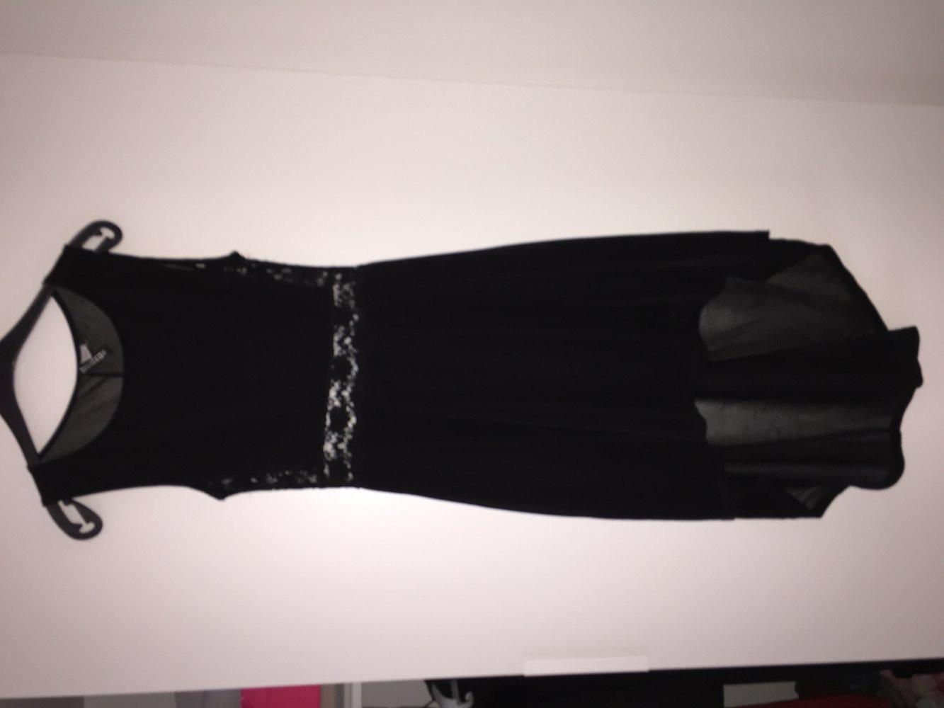 Hm  Schwarzes Kleid Von Hm  Kleiderkorbde