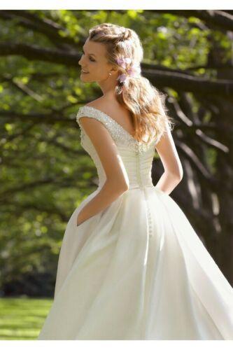 Hochzeit  Besondere Anlässe Standesamt Brautkleid