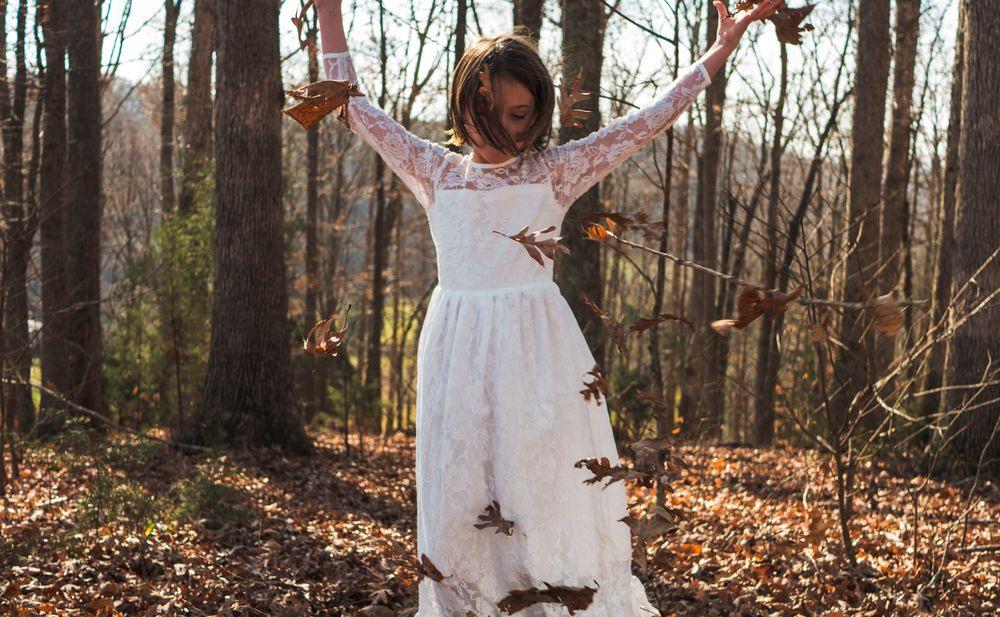 Hochzeit Im Herbst Die Schönsten Outfits Für Hochzeitsgäste