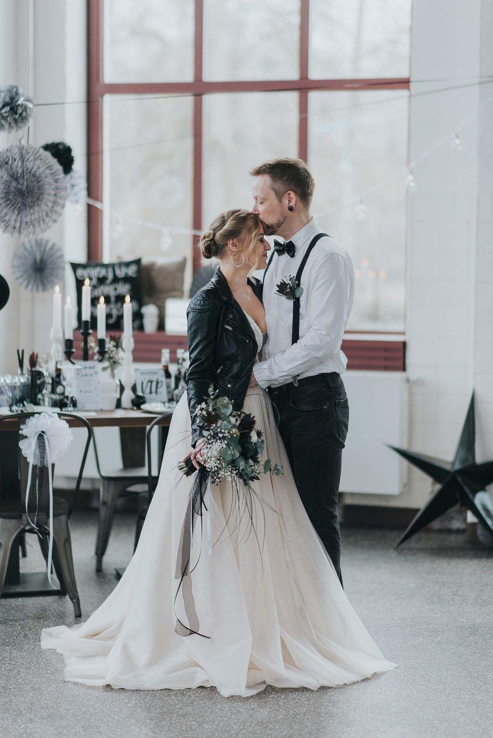Hochzeitsinspiration Urban  Rockig In Schwarzweiß