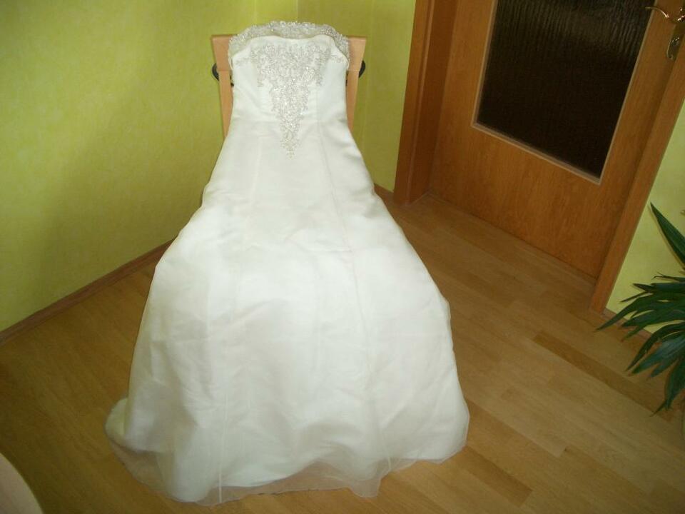 Hochzeitskleid / Brautkleid Creme Größe 34 In Dresden