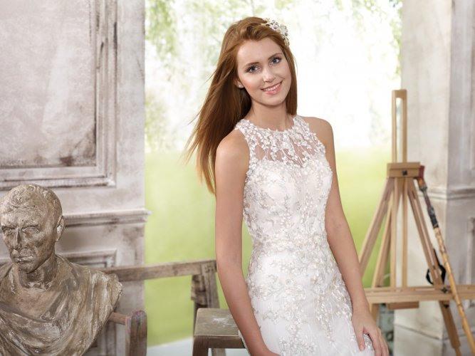 Hochzeitskleid  Brautkleid  Kollektionen 2018  Steinecker