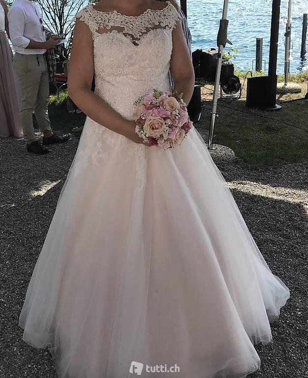 Hochzeitskleid In Zug Kaufen  Tuttich