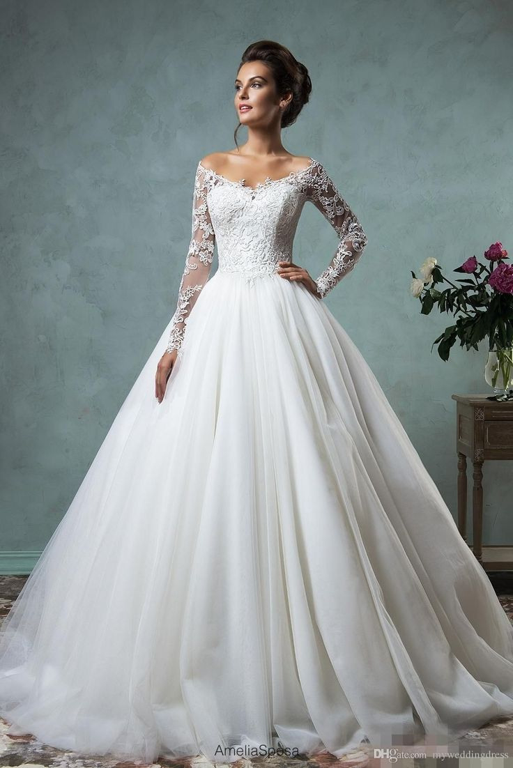 Hochzeitskleid Langarm In 2020  Ballkleid Kleider