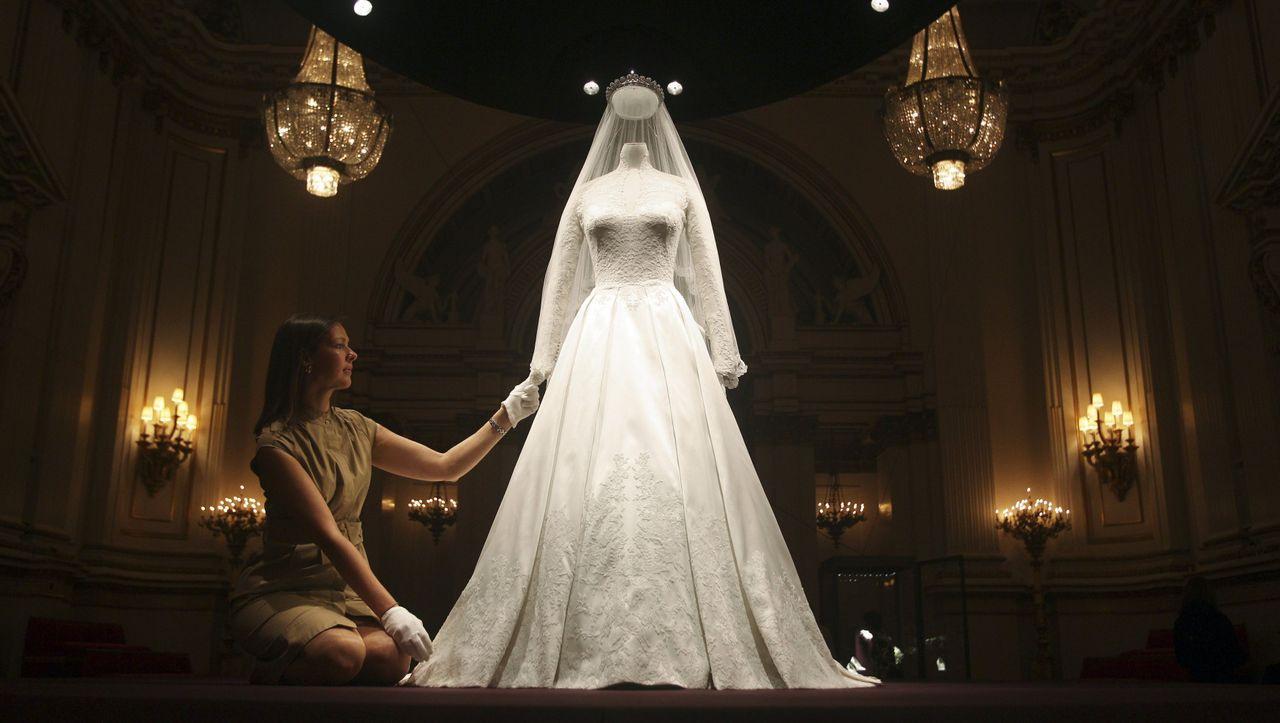 Hochzeitskleid Von Meghan Markle Im Auftrag Ihrer