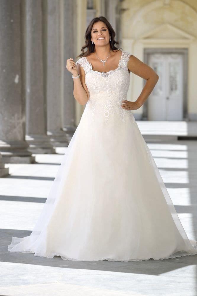 Hochzeitskleider Für Mollige  Brautmode Kleider Hochzeit