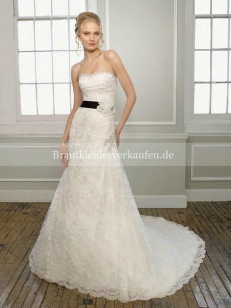 Hochzeitskleider Gast