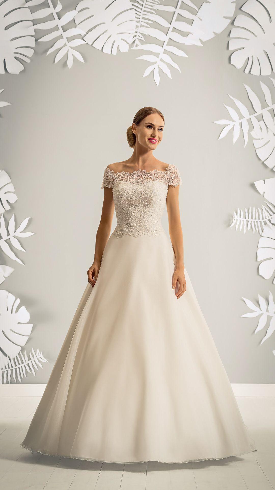 Hochzeitskleidmodedepolelizabethmodell3437T  Kleid