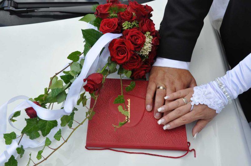 Hochzeitstage Mit Familie Feiern  Hochzeit Heirat