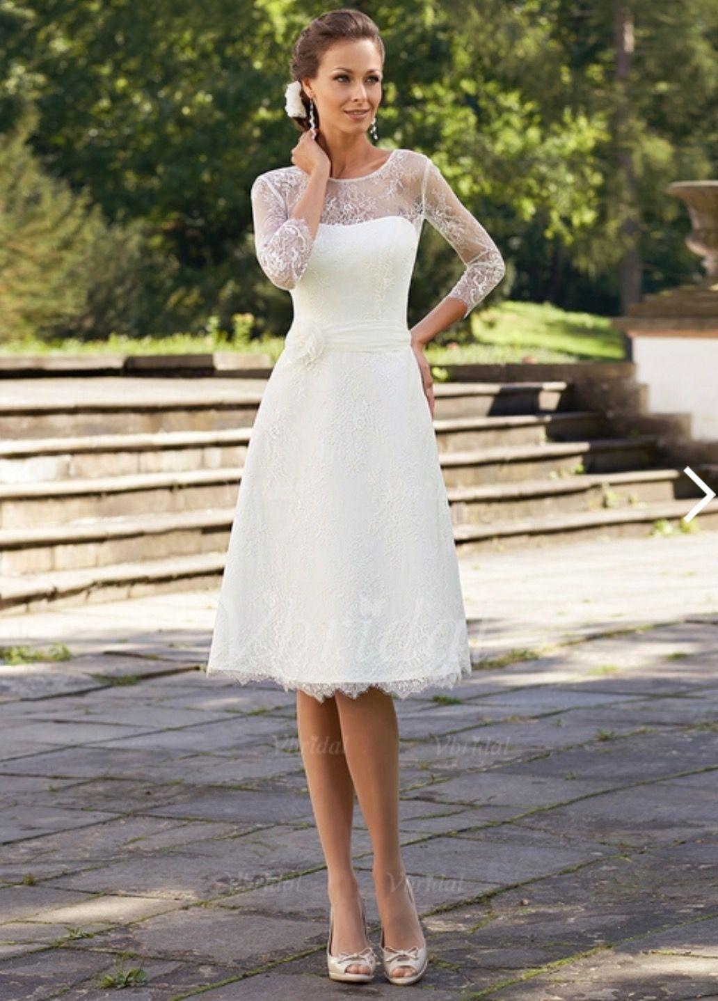 Idee Von Kathi Wi Auf Hochzeit  Weiße Kleider Kurz
