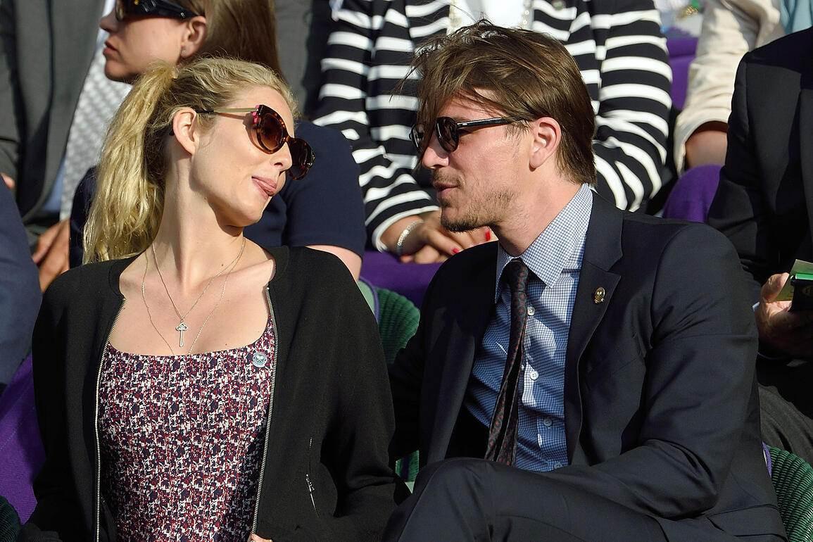 In Wimbledon Werden Stars Zu Fans  Schweizer Illustrierte