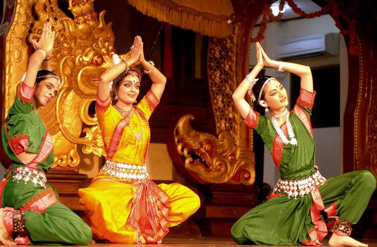 Indische Traditionelle Kleidung Traditionelle Kleidung
