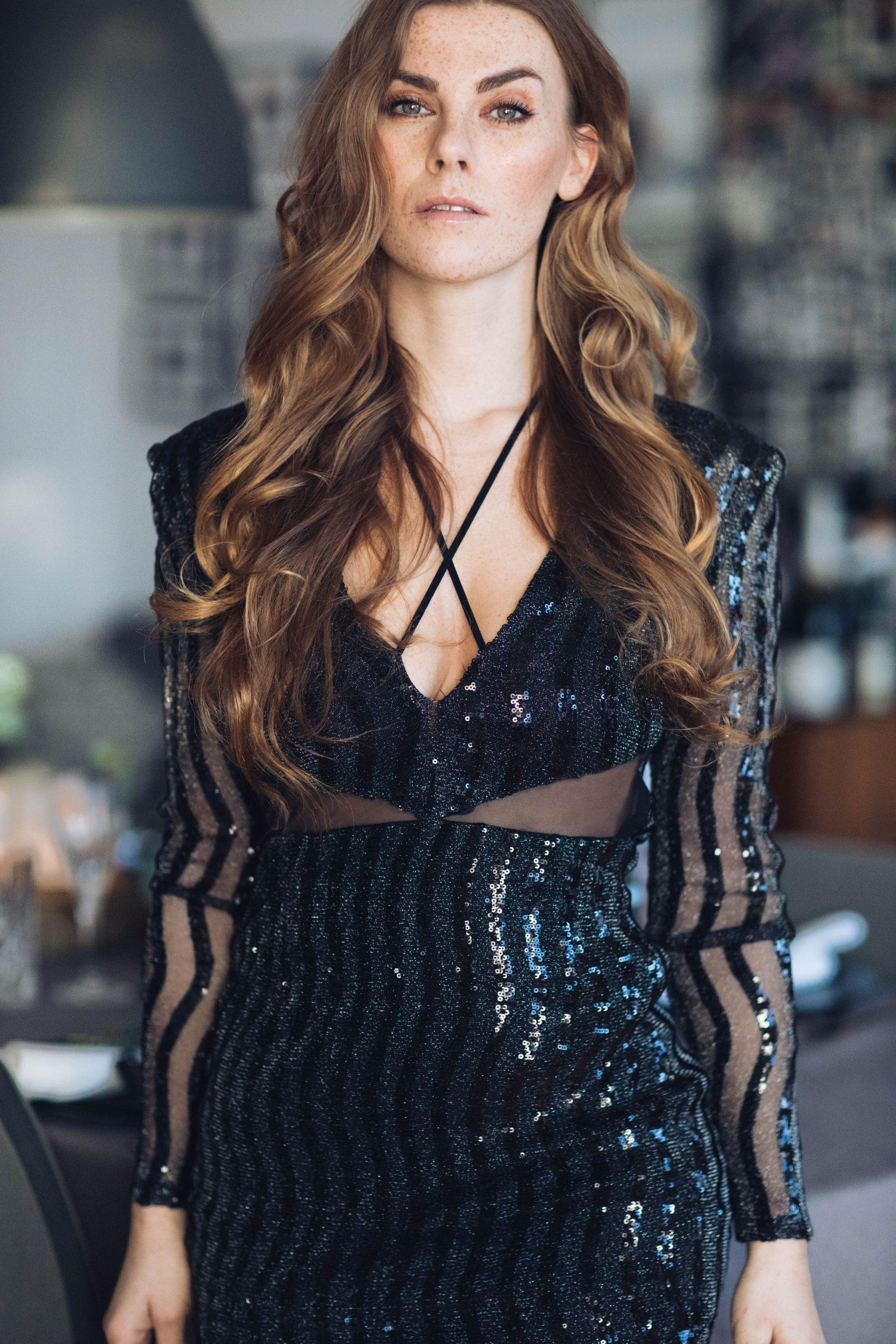 Inspiration Für Dein Silvester Outfit  Pailletten Kleid