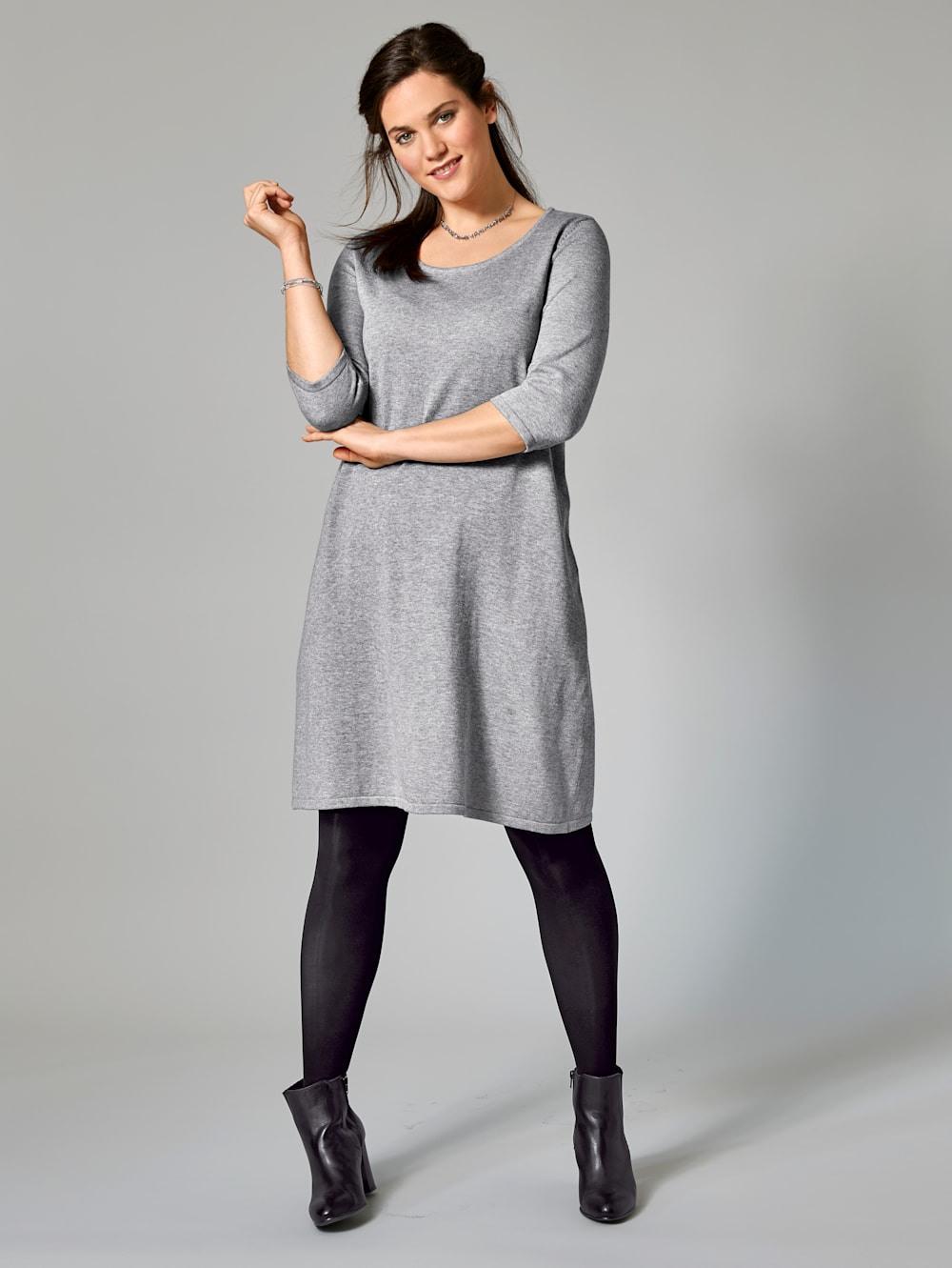 Janet  Joyce Kleid  Happy Size