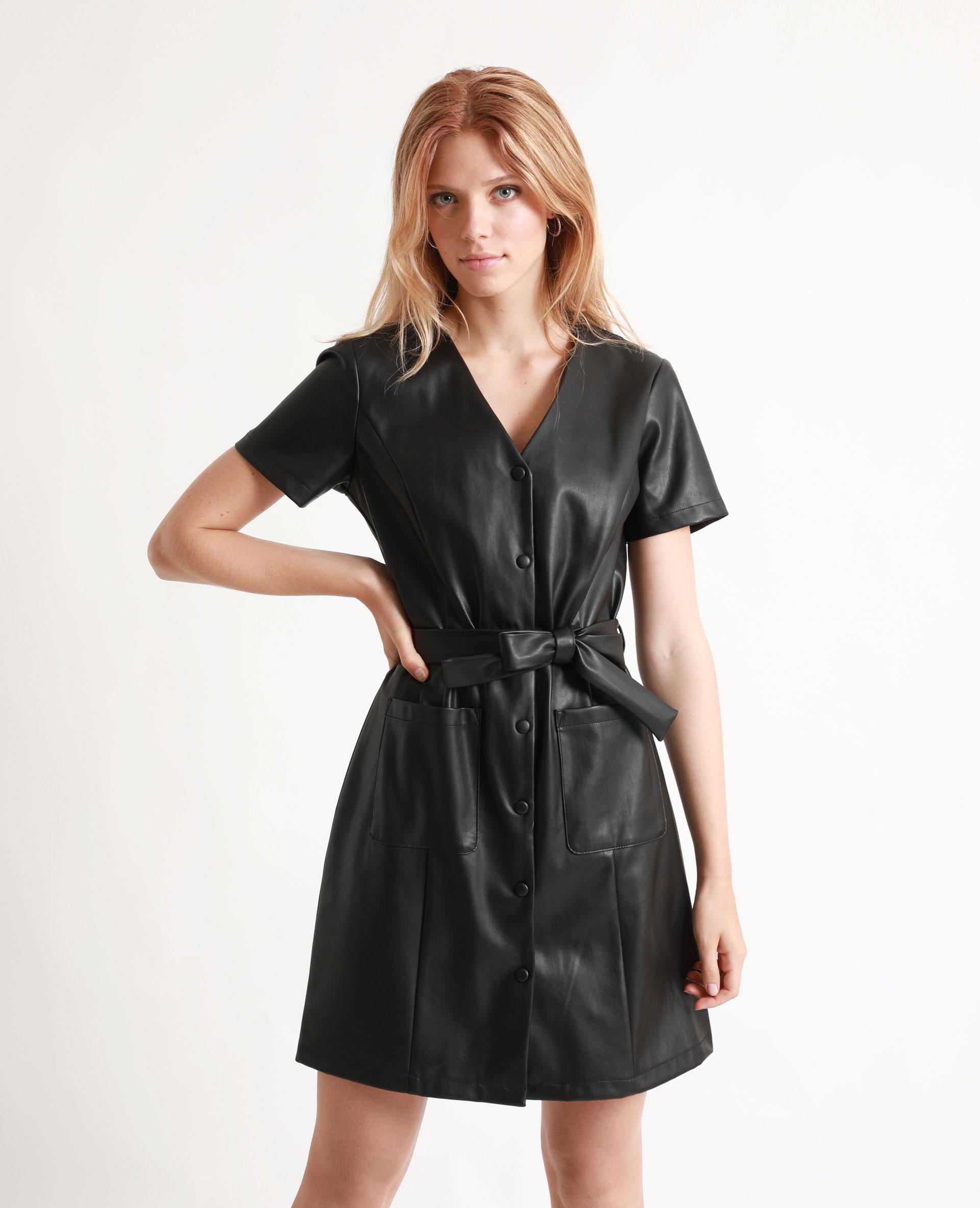 Kleid Aus Kunstleder Schwarz  781294899A08  Pimkie