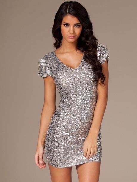 Kleid In Silber