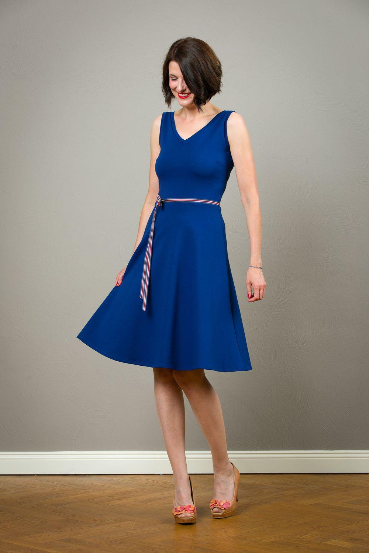 Kleid Maya Mit Rückenausschnitt Und Tellerrock  Elegant