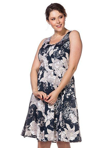 Kleid Mit Alloverdruck  Kleider Sheego Und Kleider Für