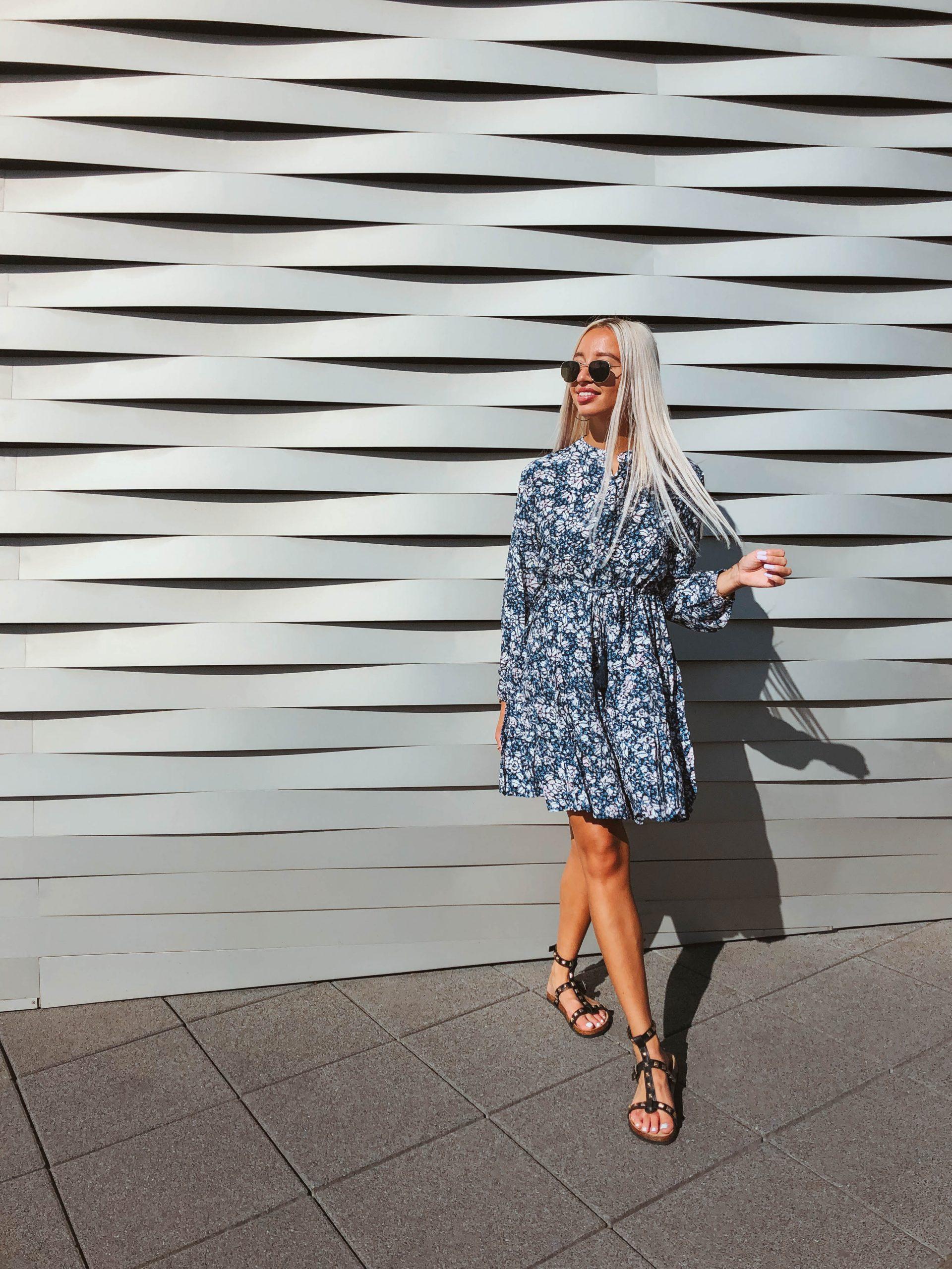 Kleid Mit Blumenmuster  Kleider  Dia Fashion