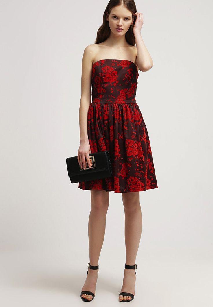 Kleid Mit Blumenprint  Schönes Rotes Kleid Von Morgan