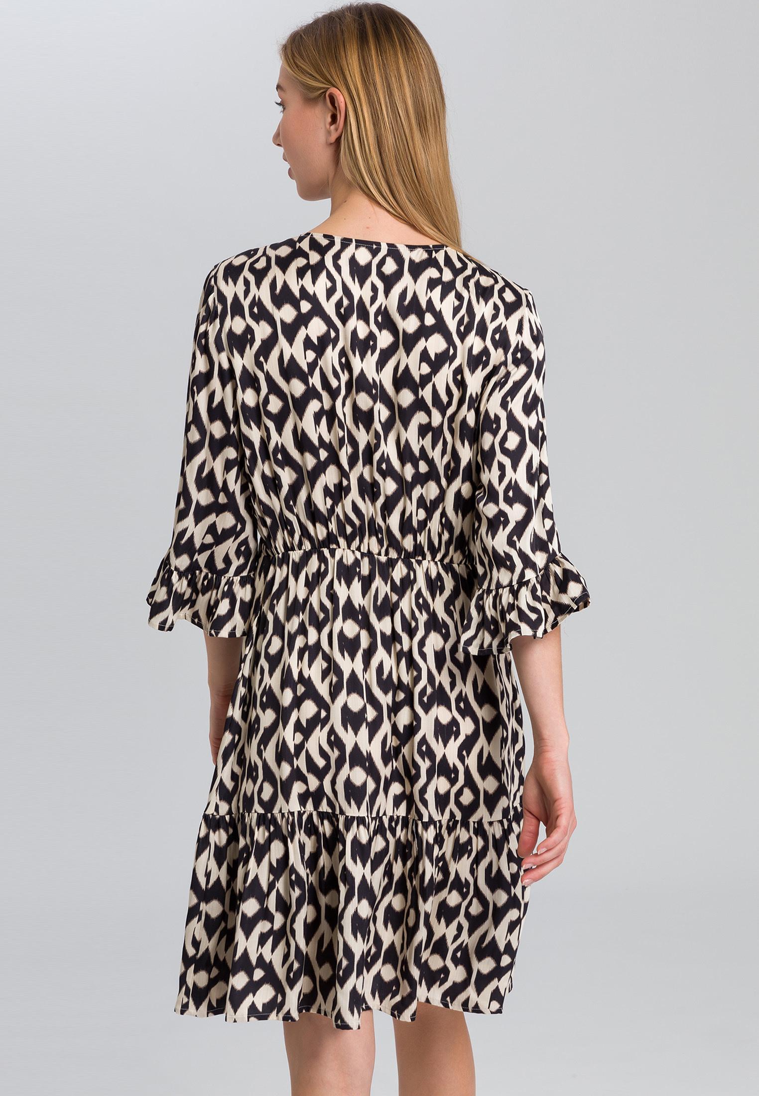 Kleid Mit Ethnoprint  Kleider  Röcke  Fashion