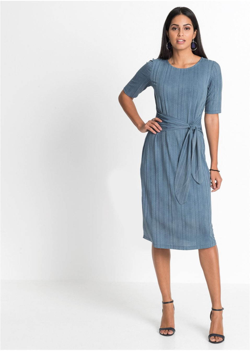 Kleid Mit Gürteloptik Blau  Bodyflirt  Bonprixde