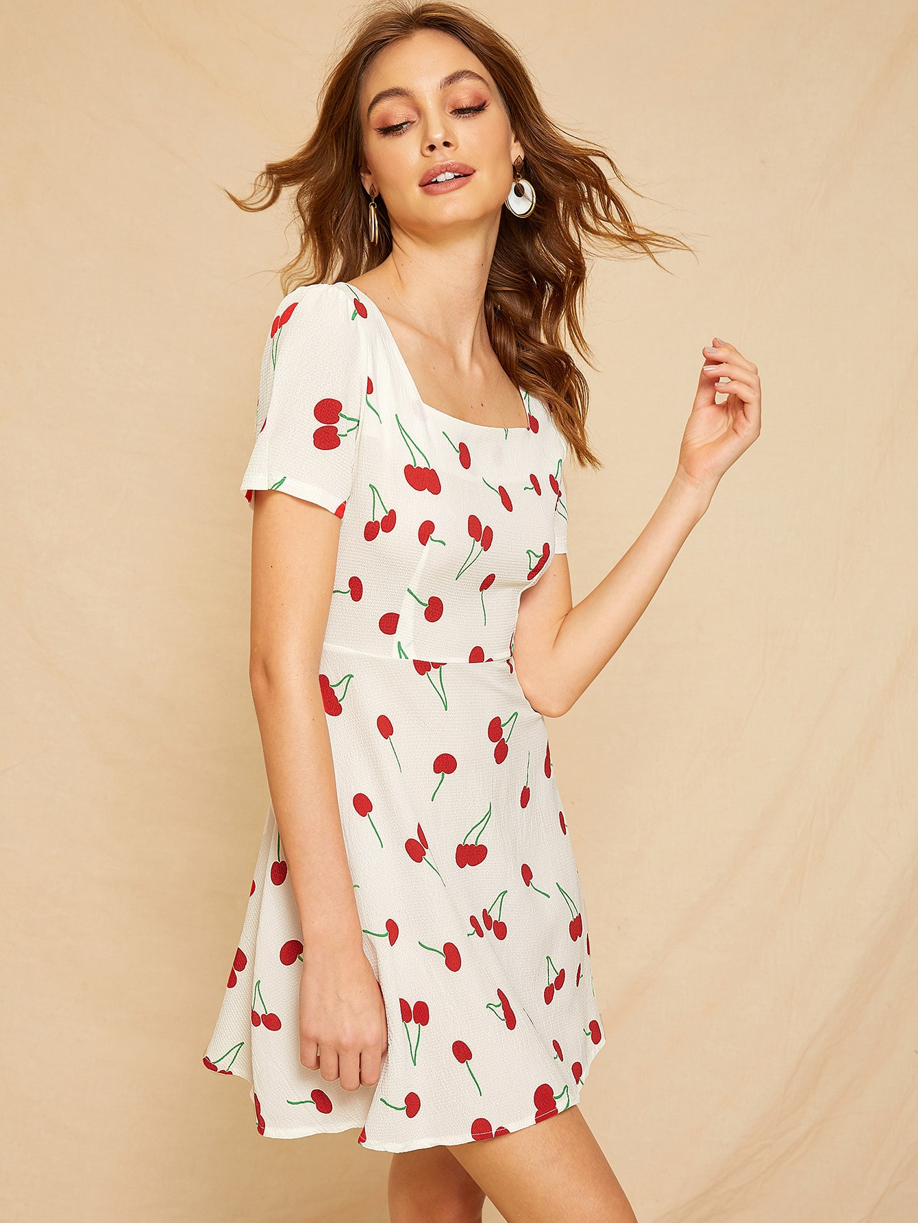 Kleid Mit Kirsche Muster Puffärmeln Und Reißverschluss