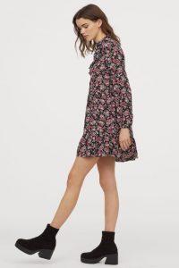 Kleid Mit Volants In 2020  Kleid Mit Volant Kleider