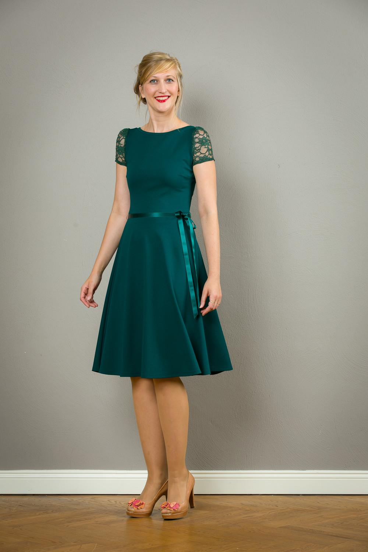 """Kleid """"Tiffany"""" Mit Tiefem Rückenausschnitt In Dunkelgrün"""