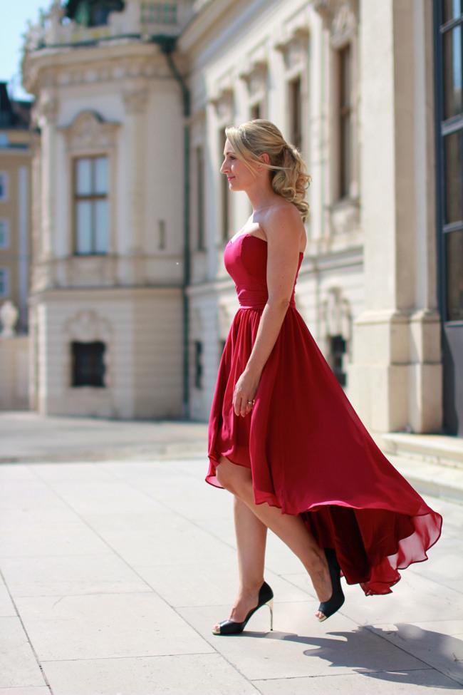 Kleid Trauzeugin Bordeaux  Trendige Kleider Für Die