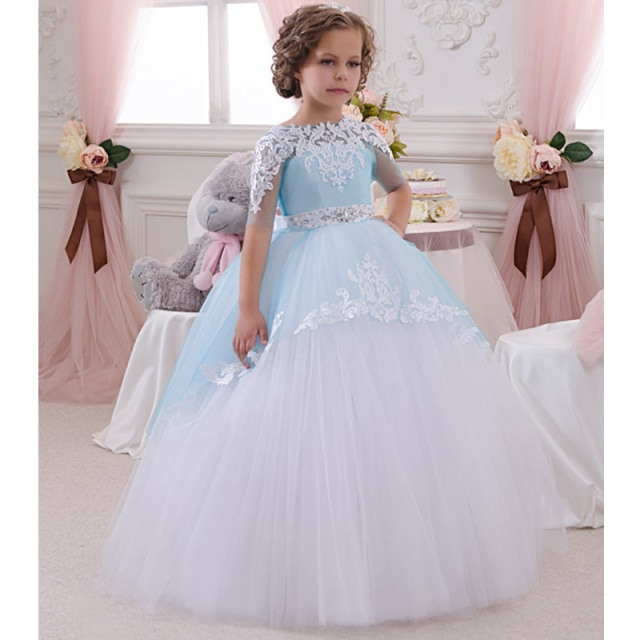 Kleid Zur Hochzeit Party  Trendige Kleider Für Die Saison