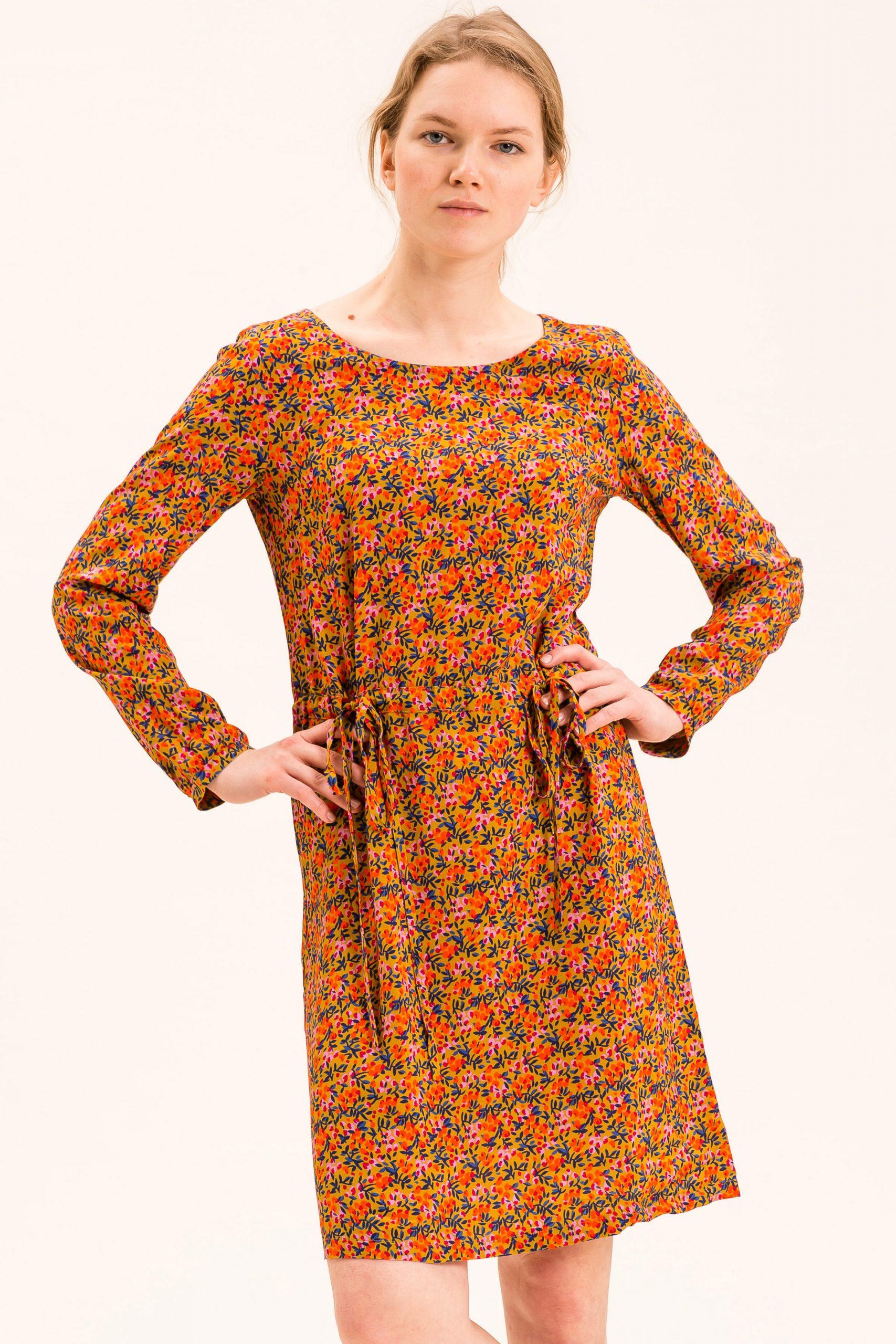 Kleider  Frauen  Bekleidung  Uvr Connected