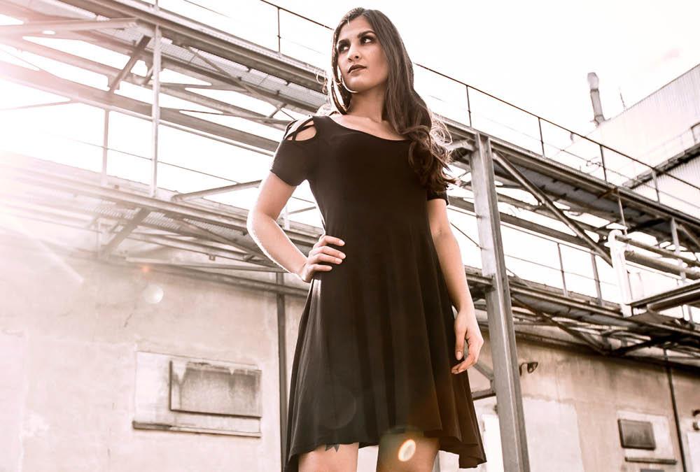 Kleider Günstig Online Kaufen  Emp Merchandise Shop