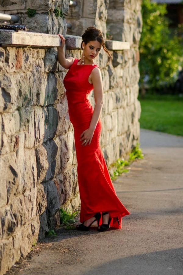 Kleider In Rot  23 Tolle Sommeroutfits Für Selbstbewusste