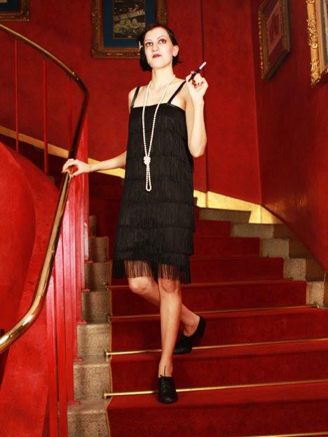 Kleidung Stil 20Er Jahre Frauen  Beliebte Kurze Kleider