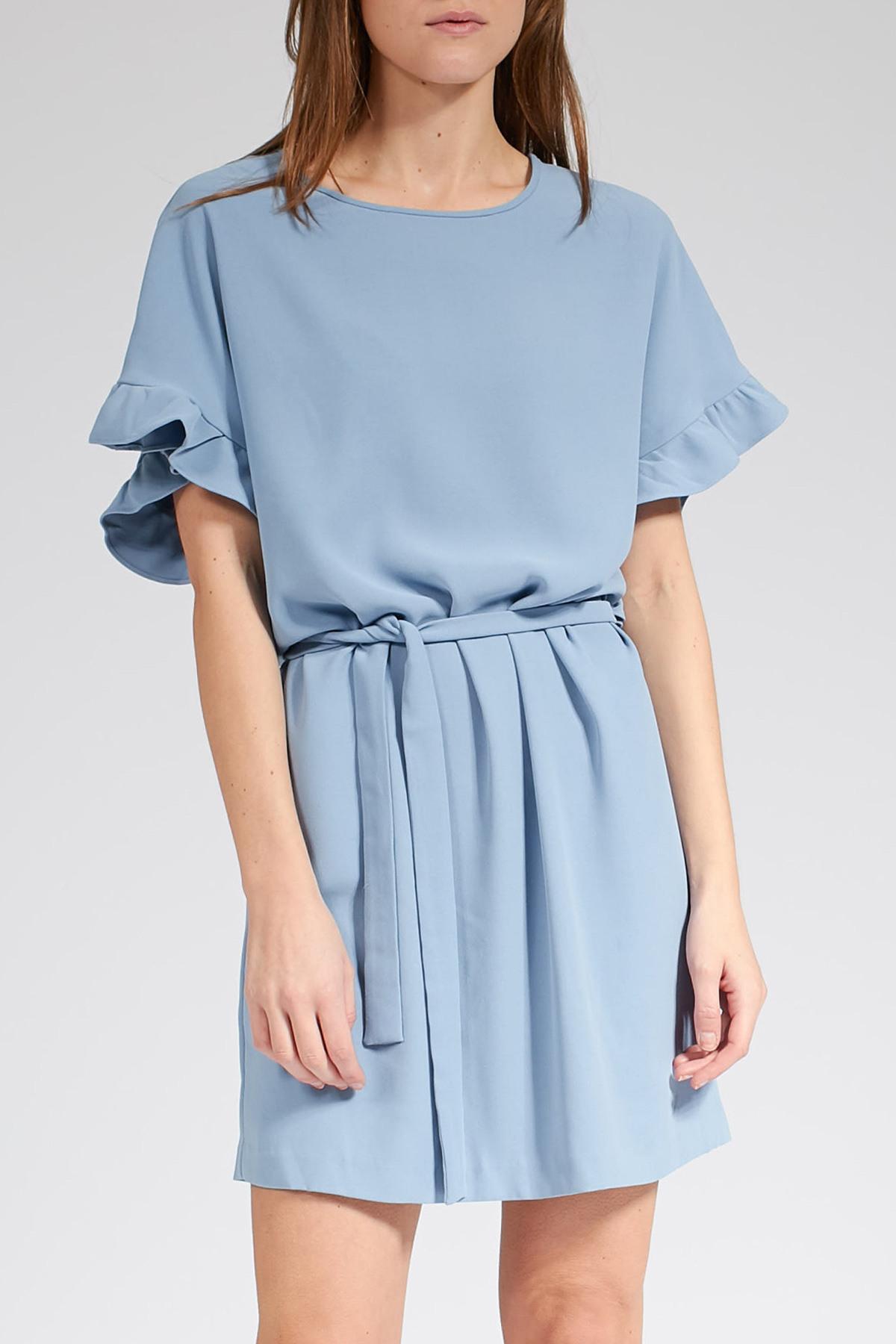 Knielanges Kleid Mit Volantdetails  Iheart  Myclassico