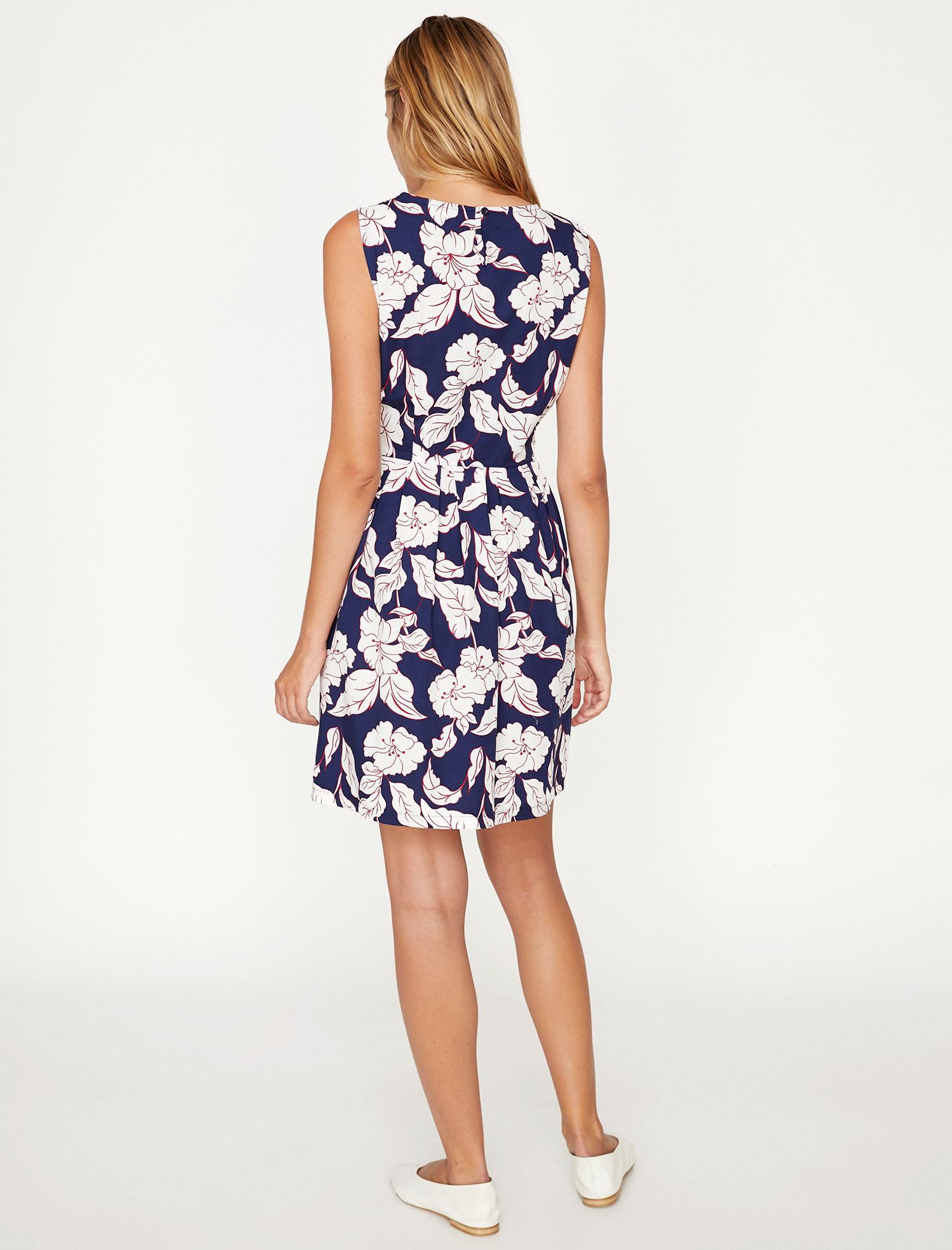 Koton Taillieres Kleid Mit Floralem Muster  Deinetrends