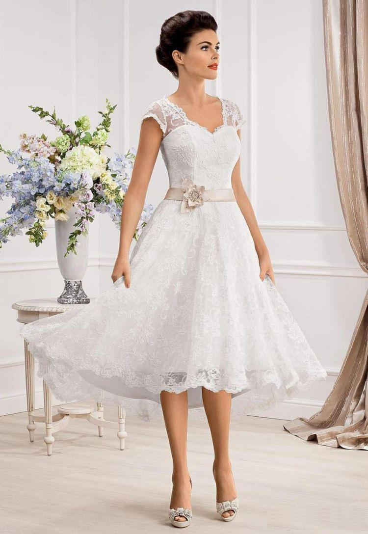 Kurze Brautkleider Für Einen Stilvollen Look  Modelle