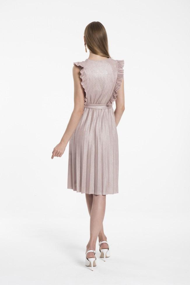 Kurzes Plissiertes Kleid Mit Gewickeltem Ausschnitt