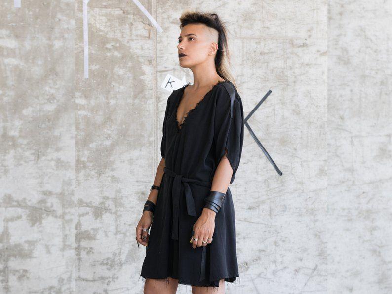 Kurzes Schwarzes Kleid Für Frauen Lässige Shirtkleid