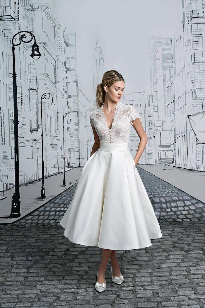 Kurzes Vintage Hochzeitskleid Aus Satin Und Spitze