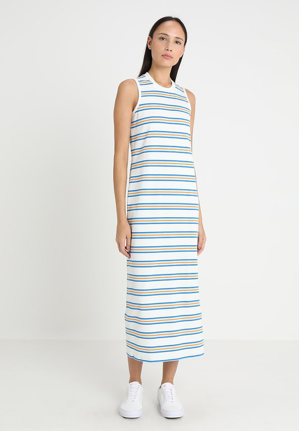 Lacoste Kleider Online Kaufen  Entdecke Dein Neues Kleid