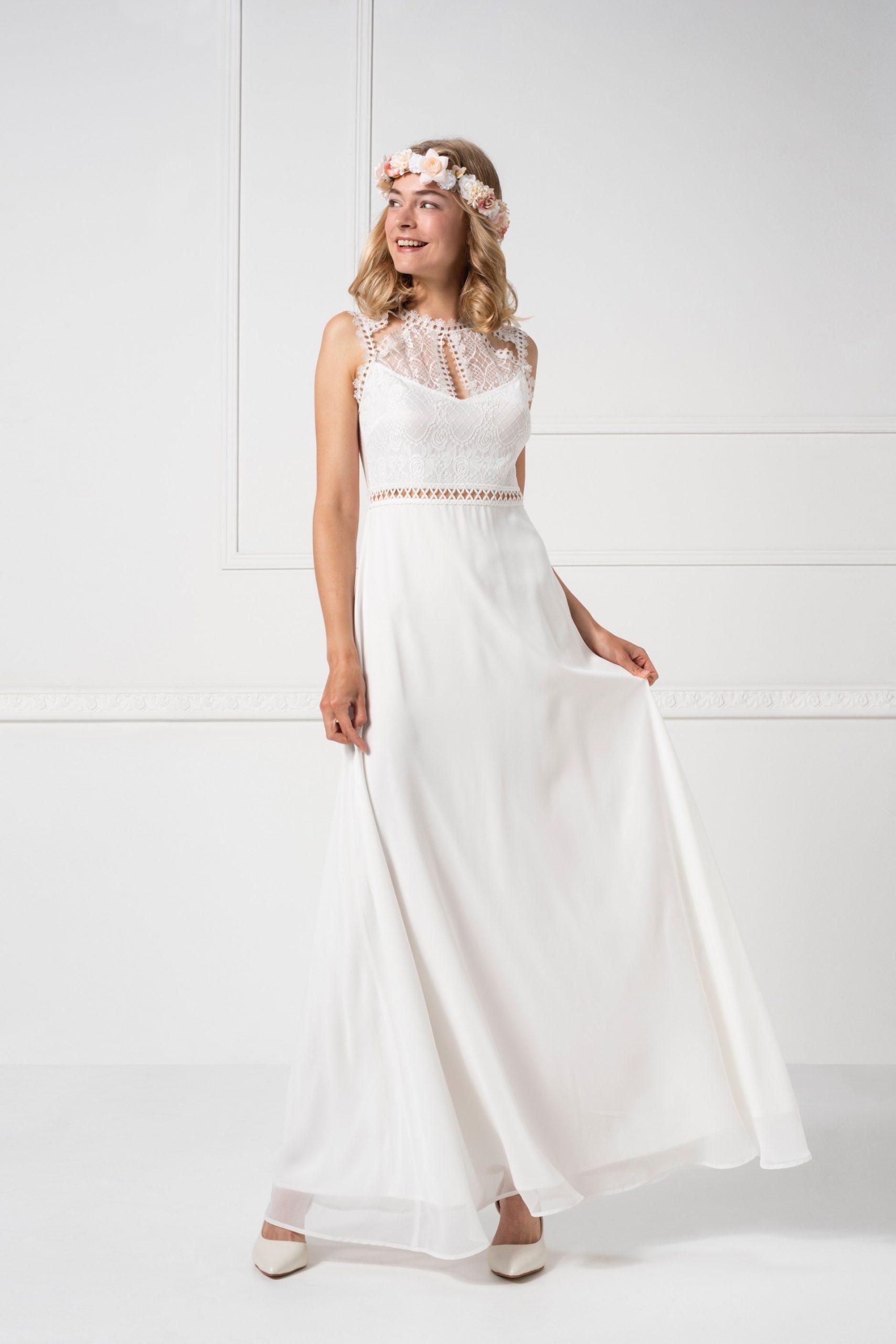 Langes Kleid Mit Spitze Und Chiffon Von Weise In Weiß