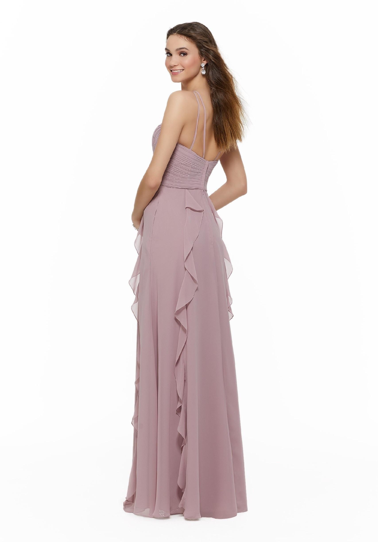 Langes Kleid Mit Trägern Und Vausschnitt Von Morilee