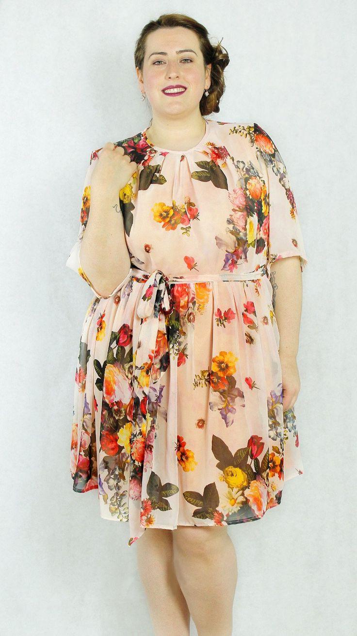 Leichte Sommerkleid Für Große Größen Blumenmeer  Chic