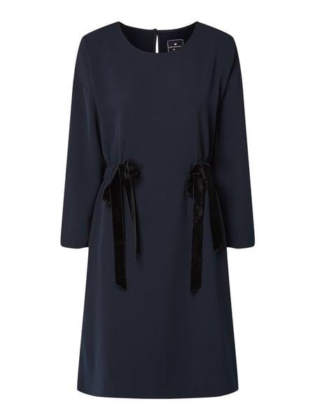 Lieblingsstück Kleid Mit Samtschleifen In Blau / Türkis