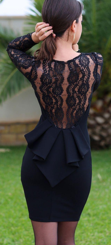 Machen Sie Ihr Kleines Schwarzes Kleid Fantastisch