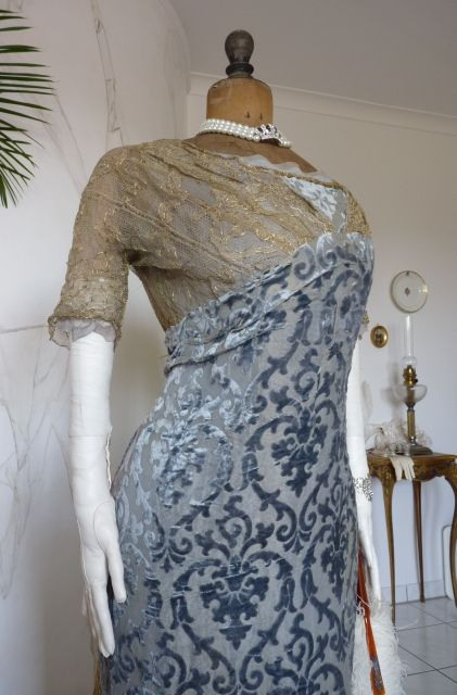 """Majestic Ball Gown Ca 1909 // Label """"Rybickameyer"""
