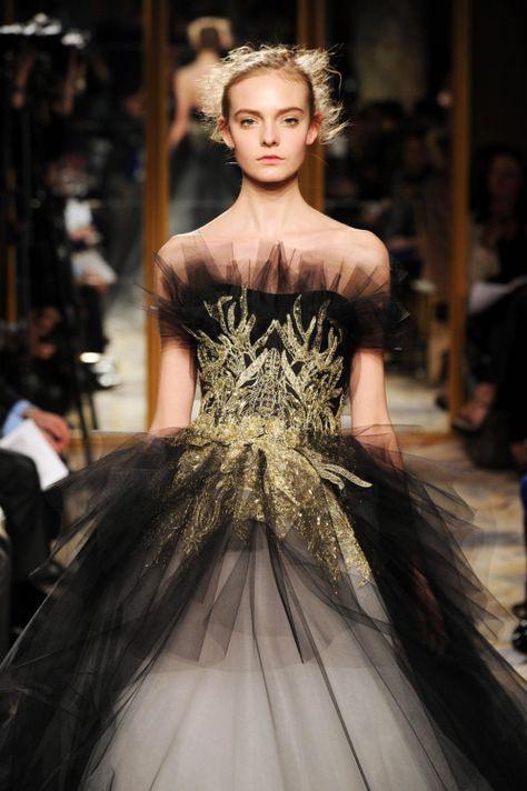 Marchesa  Modestil Mädchenmode Couture Kleider
